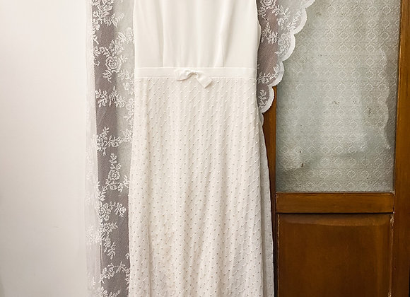 純白繡線格紋背心連身裙