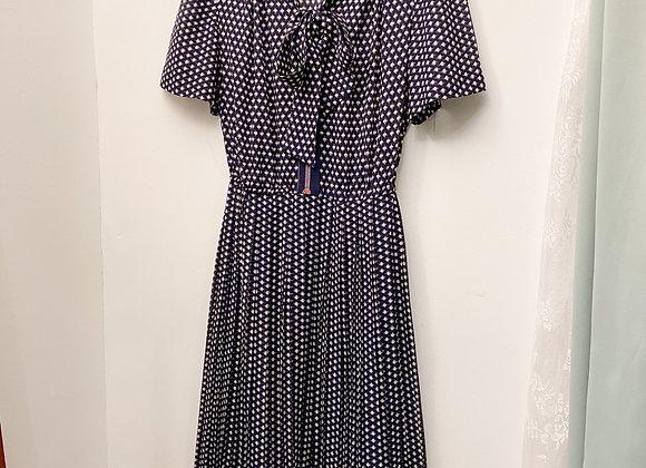 深藍菱格紋水手領連身裙