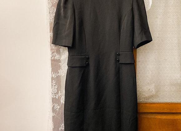 純黑假袋短袖連身裙