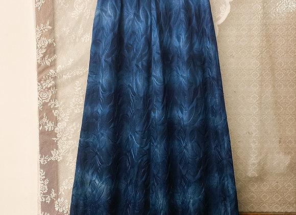 深藍暗葉紋A字長裙