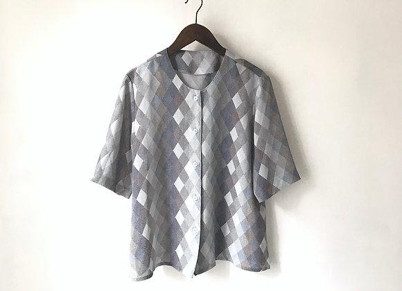 灰白菱格短袖上衣