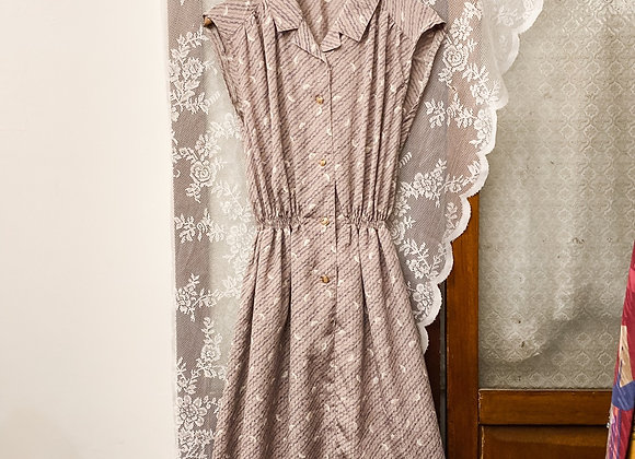 灰粉羽毛斜紋背心連身裙