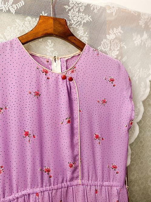 粉紫碎花短袖連身裙