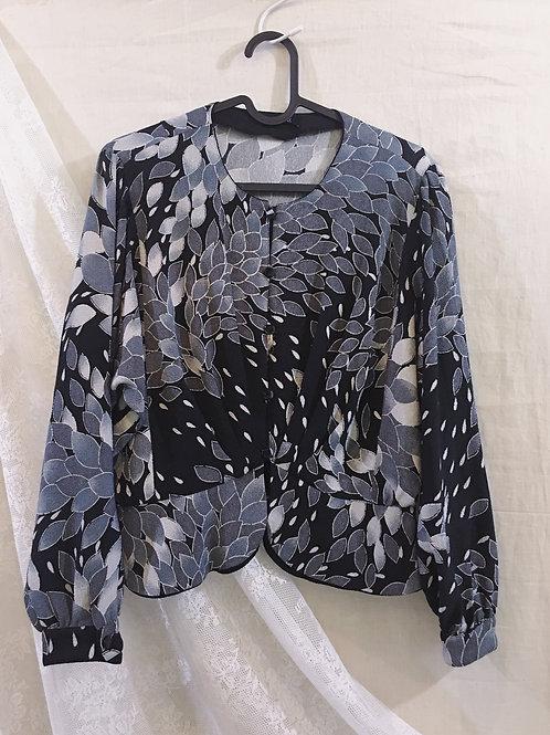 灰黑和風花瓣修腰外衣