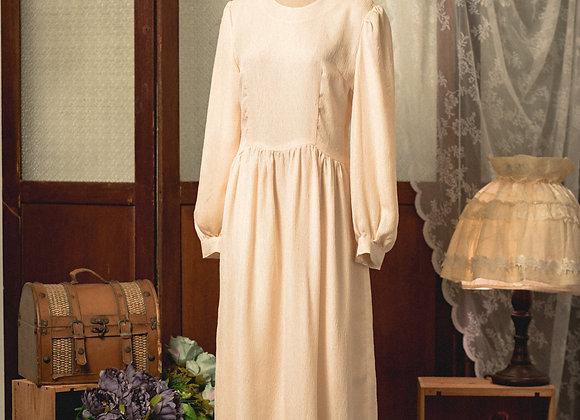 米白公主袖圓領長袖連身裙