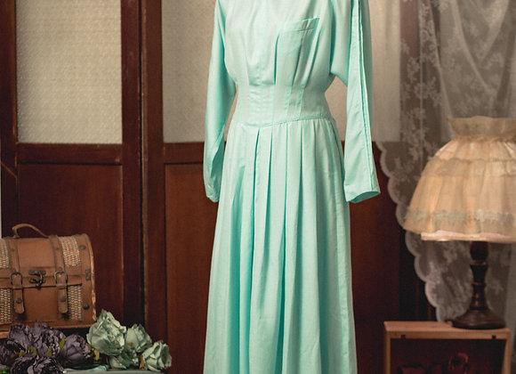薄荷綠方領修腰長袖連身裙
