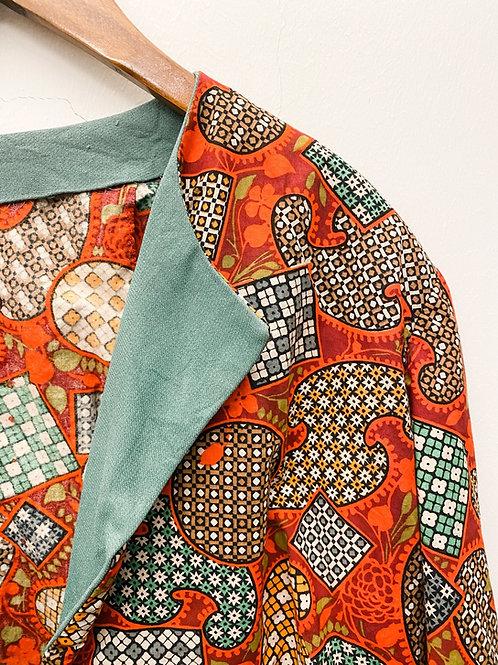 鮮紅不規則磚紋中袖外套