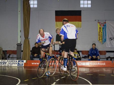 자전거의 진화 시도한다, '사이클 볼'과 '사이클 폴로'