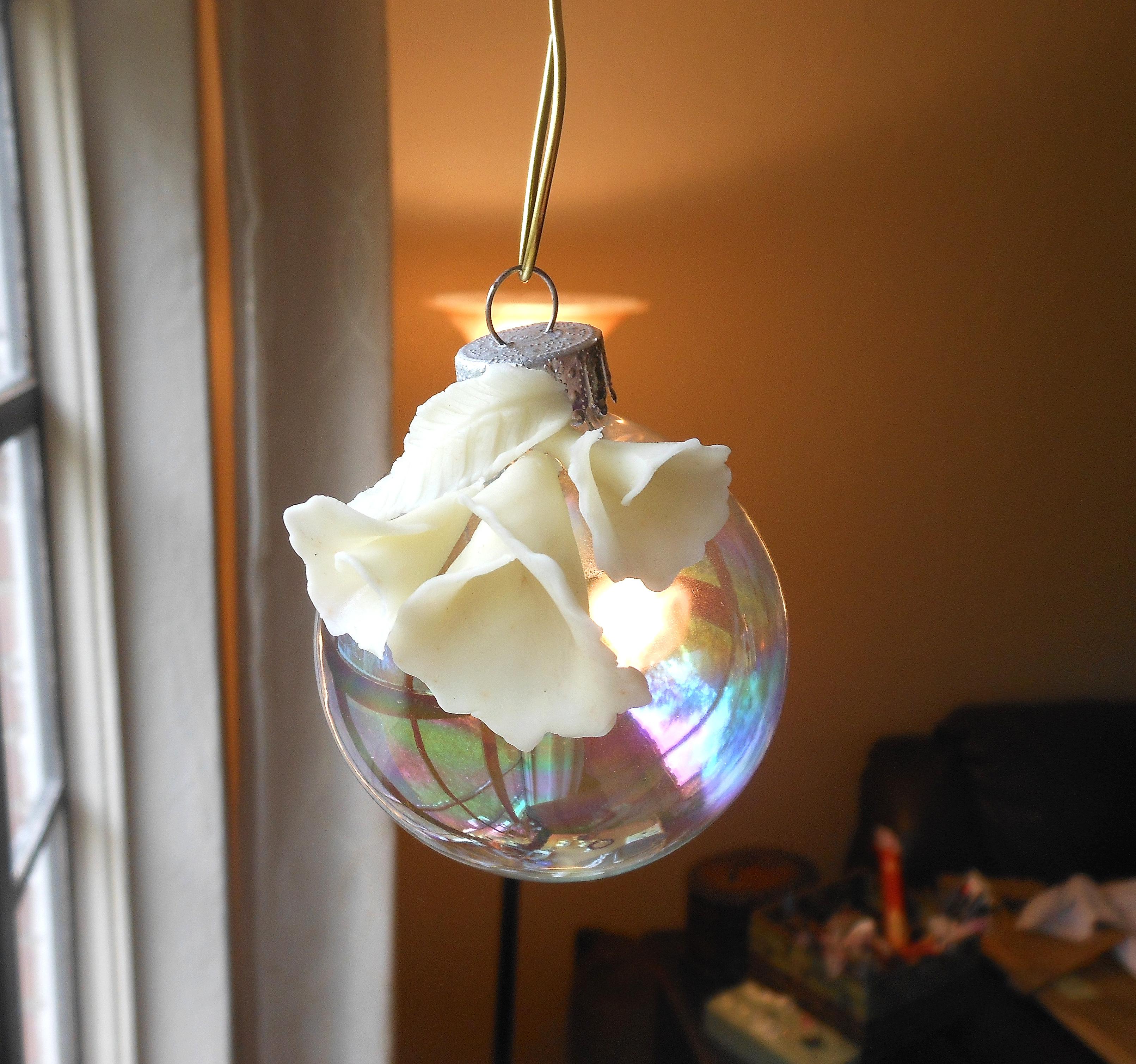 three lily bulb