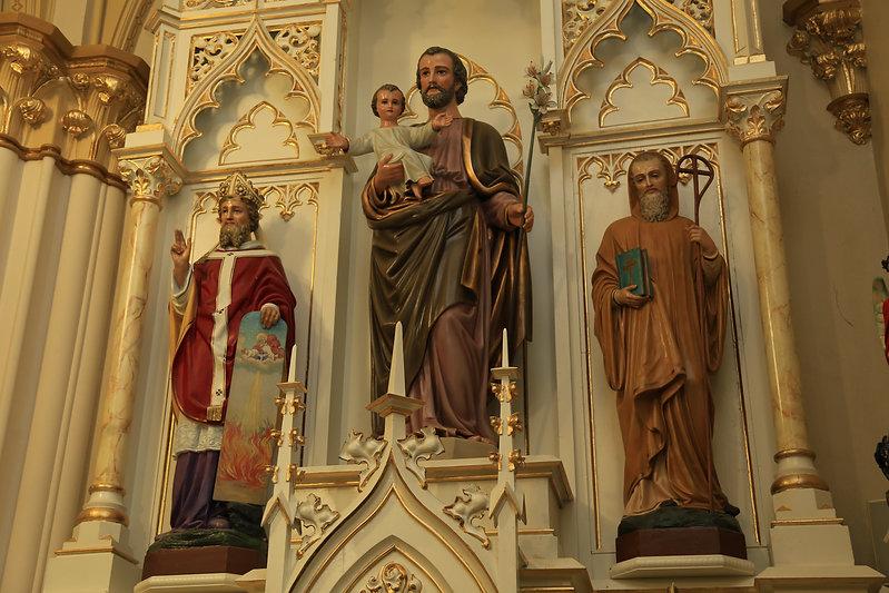 Holy Trinity Brainard