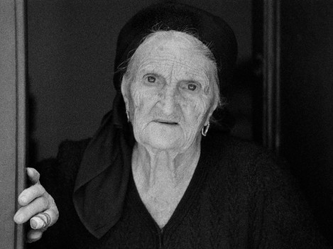 Scanno - Nonna ferita