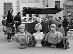 Roma - Marilyn e i due romani