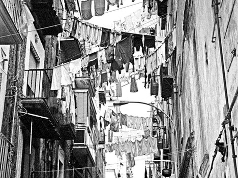 Napoli - Washing Lines