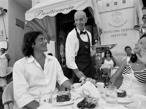 Amalfi - Bar chat