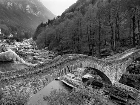 Tessin - Two jump bridge