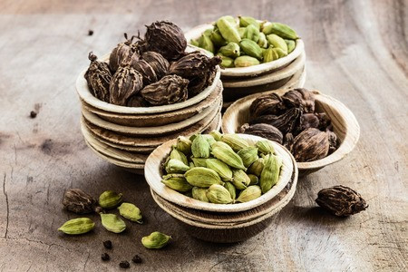 Know Your Ingredients - CARDAMOM