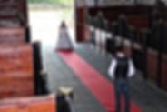 barn weddings.jpg