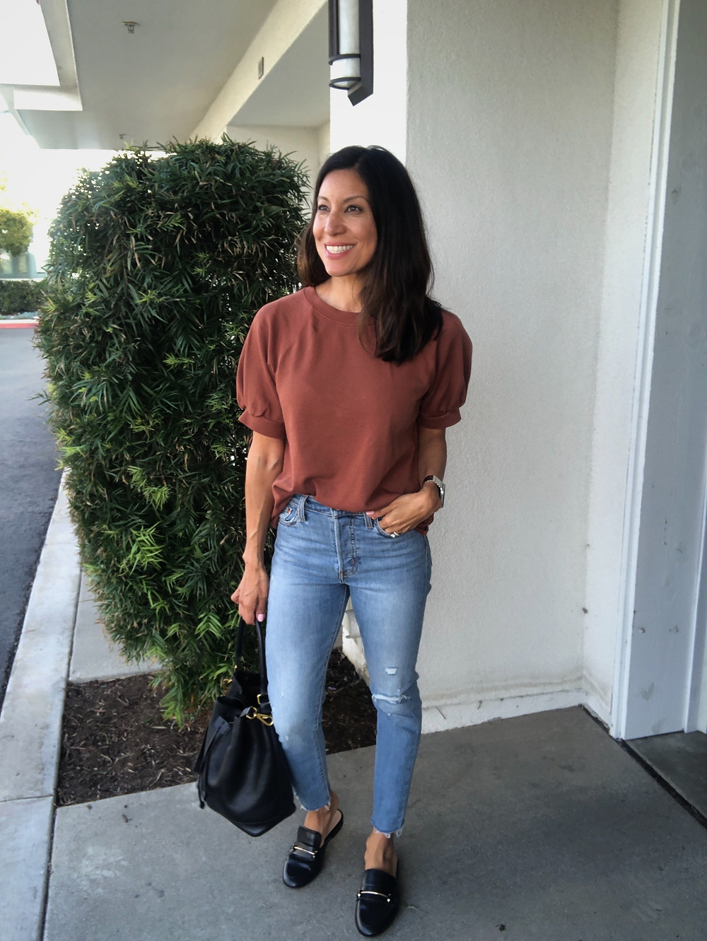 short sleeve top with puffy sleeves