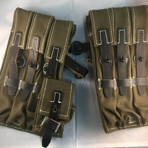 Reproduction MP40 pair of mag pouches