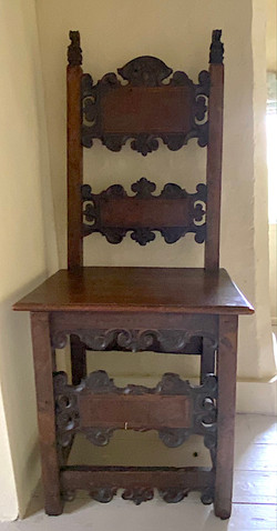 The Loft Chamber (1614) Italian chair