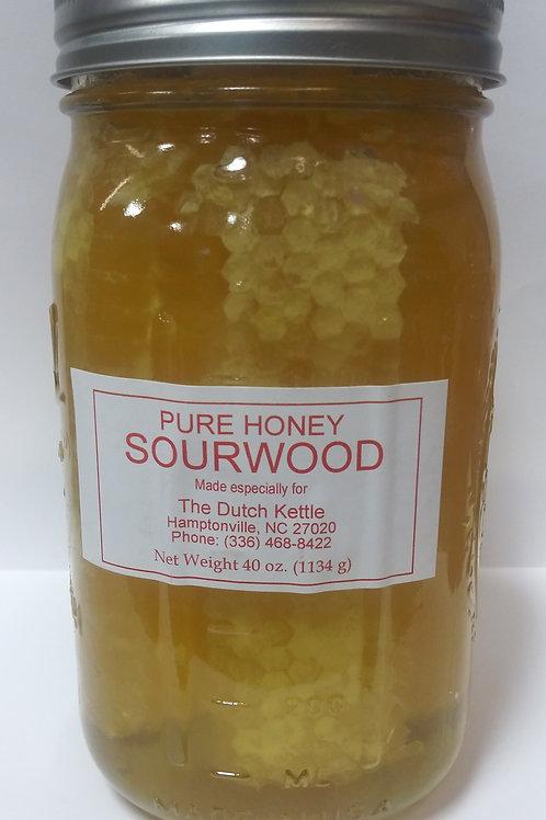 Sourwood Honey with Comb 40 oz.
