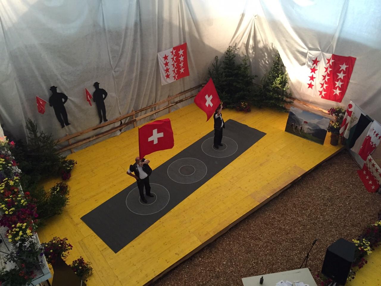 Le podium des lanceurs de drapeau