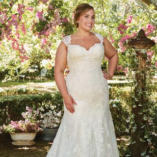 Rebecca-Ingram-Wedding-Dress-Brenda-7RS3