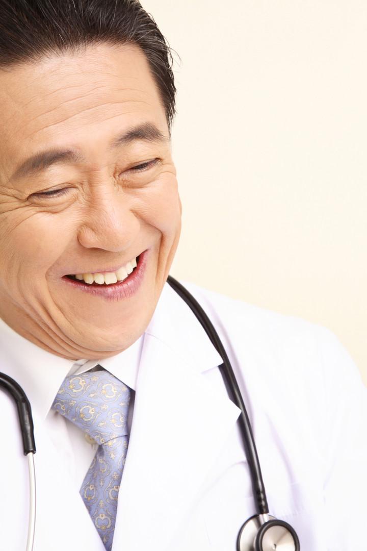 Lächelnder Doktor