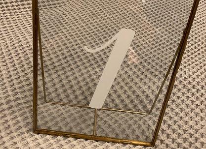 Tischnummer Gold Bilderrahmen 15x.JPG