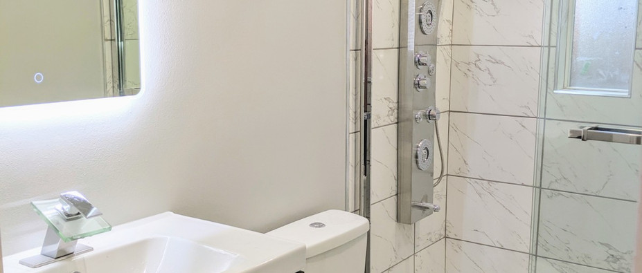 LED mirrors in bathroom
