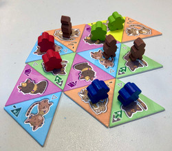 Cleocatra boardgame in play