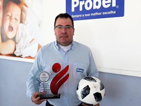 Empresário do Norte Pioneiro recebe prêmio de destaque nacional