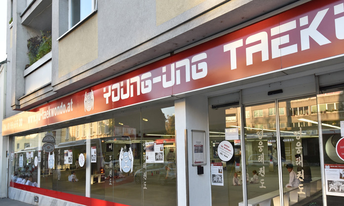 YOUNG-UNG   Wien 19