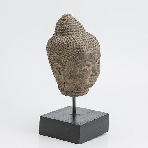 Cabeza de Buda M