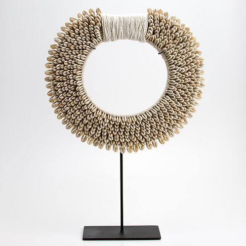 Collar Tribal Papua.