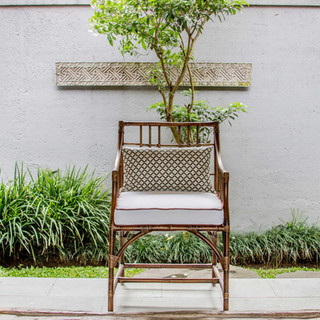 BLK_ORCHARD CHAIR_01.jpg
