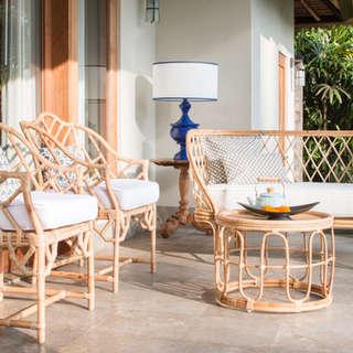 Conjunto sillones y sofa ratan natural porche