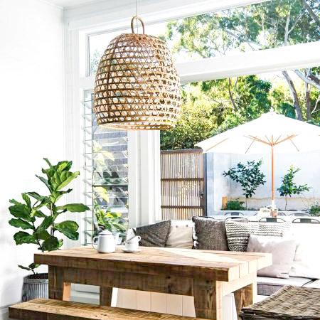 Lampara de bambu porche