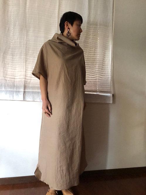 humoresque / off turtle dress (beige)