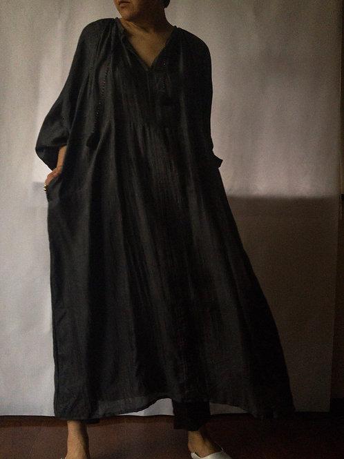 uryya / kaftan dress