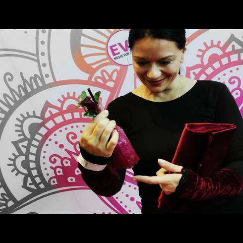Pocket Cocktails Red Carpet Delivery and Catering