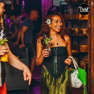 Party in Wien. Smarte Eventmanager bestellen Pocket Cocktails und kein klassisches Bar Catering.
