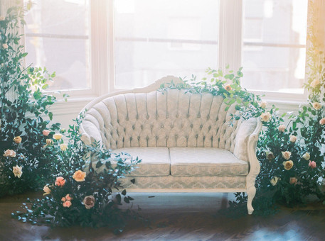 Vintage Lounge with Florals