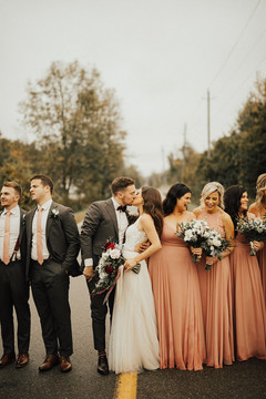 Toronto Wedding Planner   Vineyard Wedding
