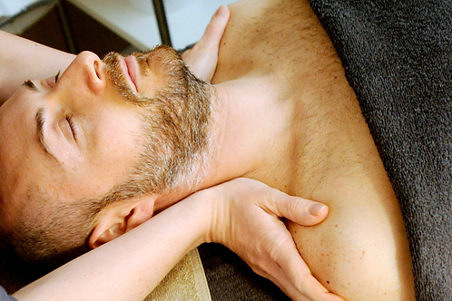 Men's Organic Hot Towel Facial