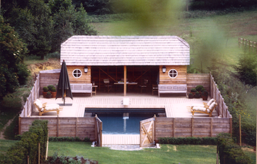 Poolhouse Ohain mélèze