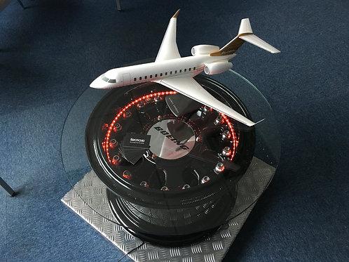 Boeing 747-400 main landing gear coffee table