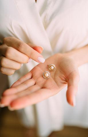 accessory-blur-close-up-1721937_edited.j
