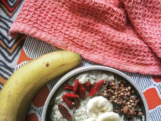 Porridge sans gluten sarrasin, coco et courgette // Coconut & banana zoats