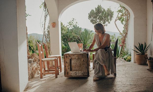 Sonia Ferrer - DELBES
